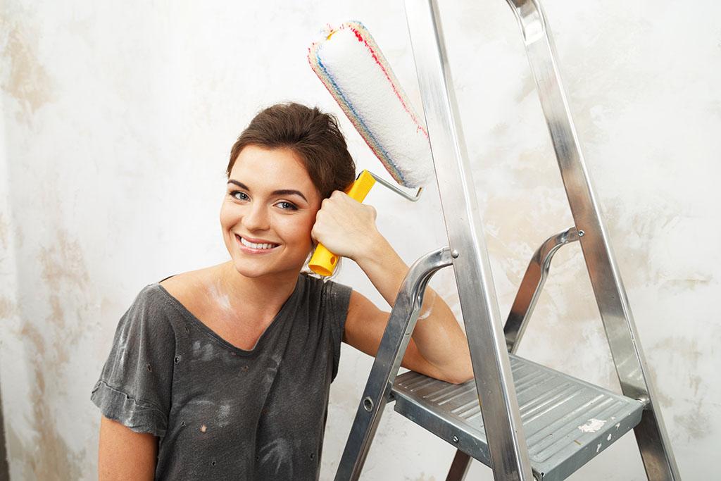 Qué se necesita para pintar una pared de cemento